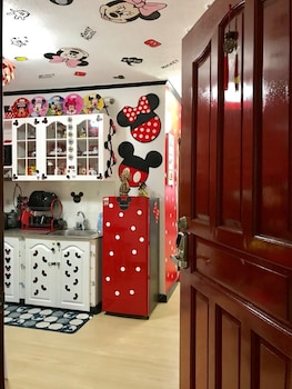 MICKEY AND MINNIE MOUSE UNIT 537 ALBERGO Room