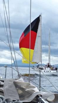 BAHAY ISLA INN - HOSTEL PUERTO GALERA Boating