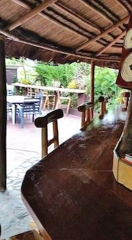 BAHAY ISLA INN - HOSTEL PUERTO GALERA Bar