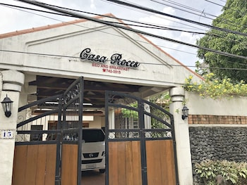 CASA ROCES BED AND BREAKFAST Front of Property