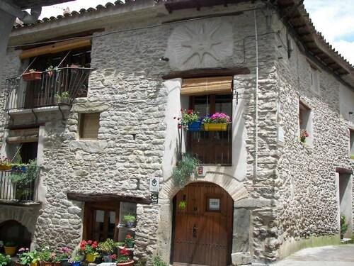 . Antigua Casa Catones