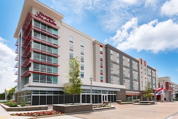 Hampton Inn & Suites Atlanta Buckhead Place, GA
