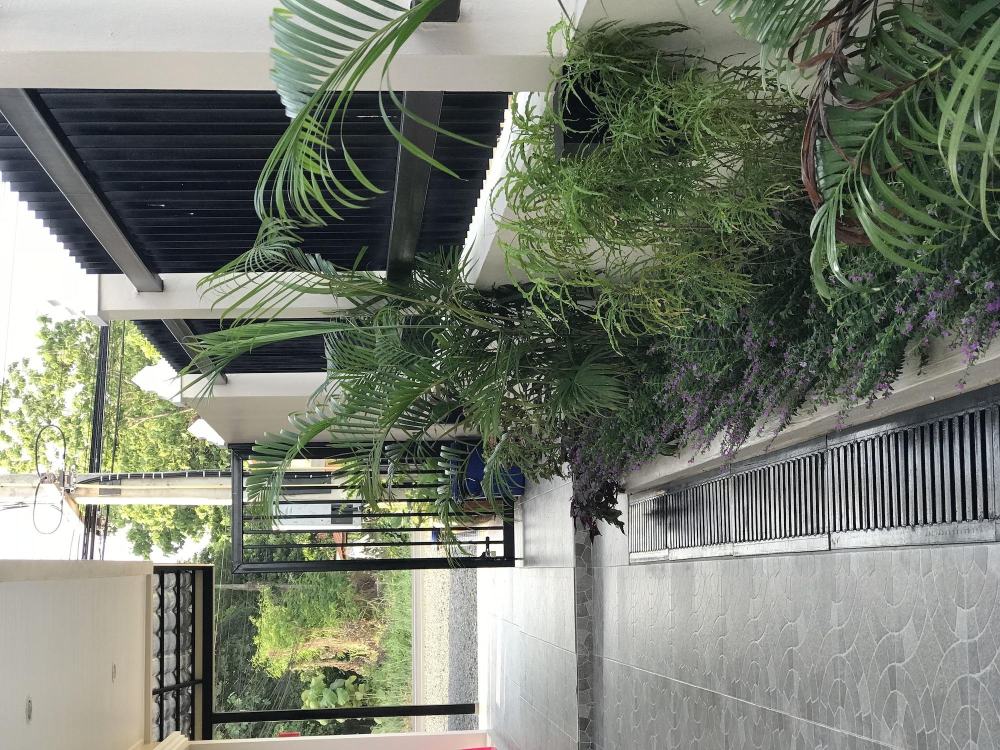 Thathong house, Kantharalak