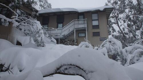 Tanjil Creek lodge, Mount Baw Baw Alpine Resort