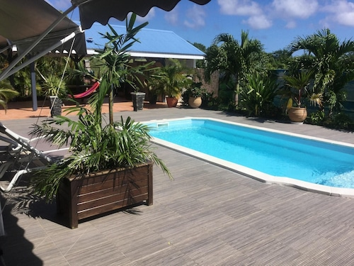 Apartment With one Bedroom in Saint François, With Pool Access, Furnis, Saint-François