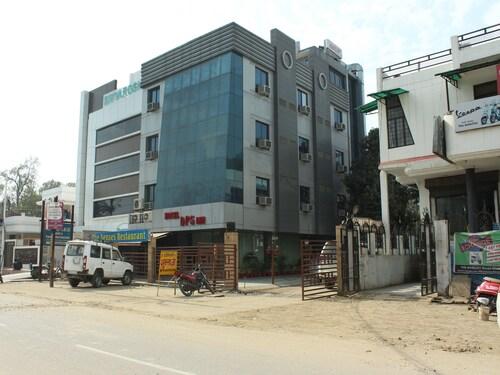 . OYO 3129 DPS Inn
