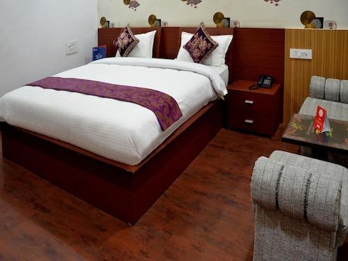 OYO 4308 Hotel Zaarang Inn, Lucknow