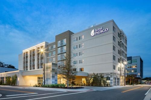 . Hotel Indigo Gainesville-Celebration Pointe, an IHG Hotel