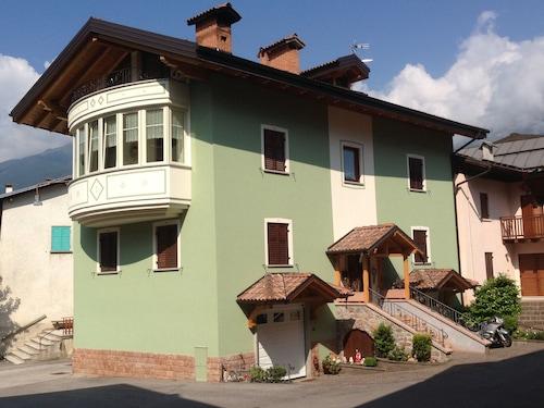 . La Villa Dei Fiori