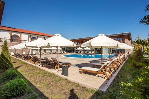 . Kamengrad Hotel & SPA