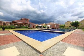 RAFOLS VILLA HOMESTAY - ADULTS ONLY Outdoor Pool