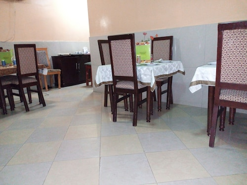 Richanthonio Suites, Oshodi/Isolo
