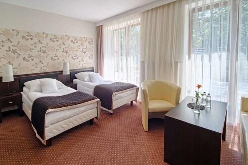 . Hotel Zacisze w Turawie