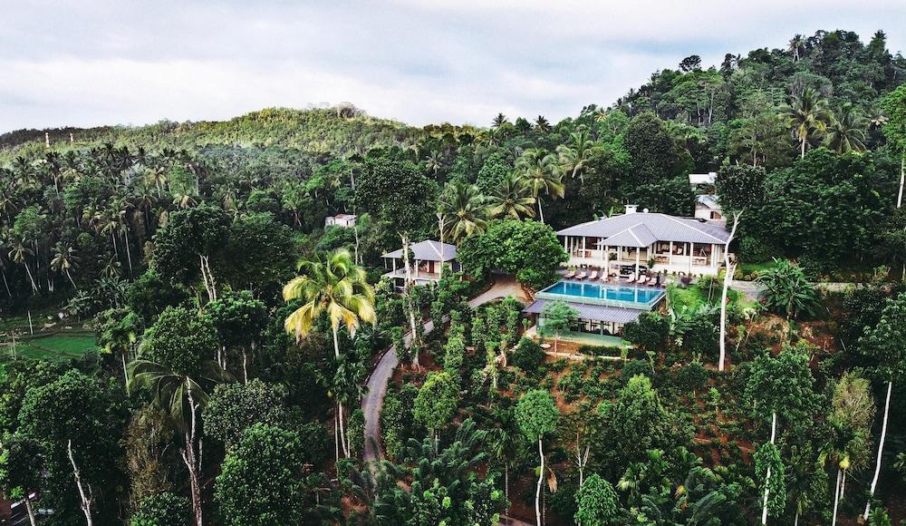 Aarunya Nature Resort & Spa