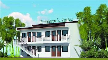 EMPEROR'S SUITES