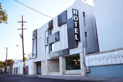 Hotel HT ole, Tijuana