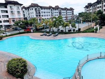 1 BEDROOM DELUXE CONDO AT APARTELLE D' OASIS Pool