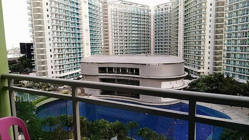 1 Bedroom Condo by JSG at Azure Beach Resort and Residence, Parañaque