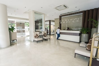 PADGETT PLACE - DELUXE SUITES Reception Hall