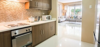 PADGETT PLACE - DELUXE SUITES Private Kitchen