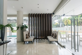 PADGETT PLACE - DELUXE SUITES Lobby