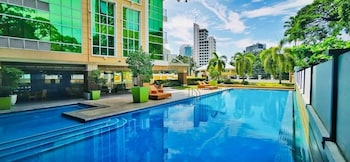 PADGETT PLACE - DELUXE SUITES Pool