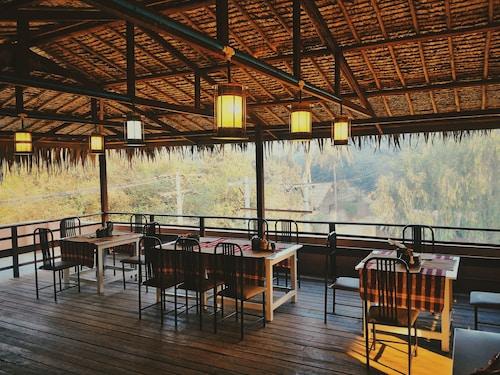 Six Star Guest House, Myingyan