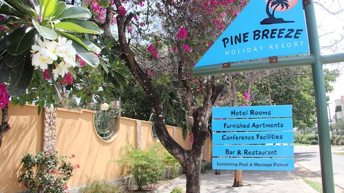 Pine Breeze Holiday Resort, Nyali