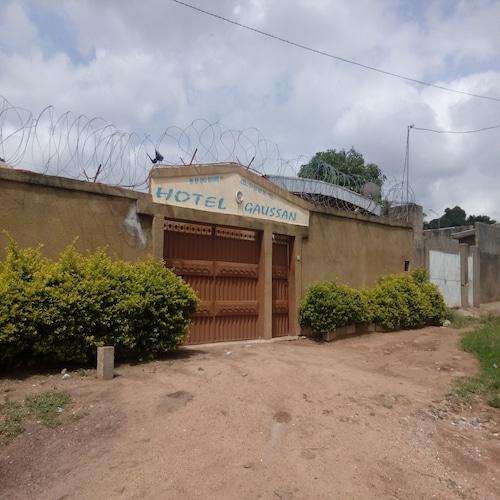 Hotel Gaussan, Gbeke