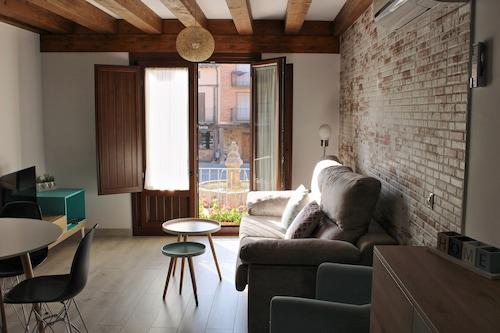 . Apartamentos La Alborada Medieval