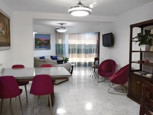 Apartamento  - Gazcue - Santo Domingo, Distrito Nacional