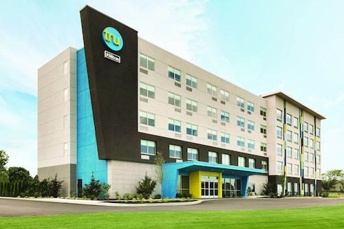 Tru by Hilton Fayetteville I-95, NC, Cumberland