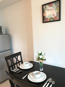 1 BR CONDO BY PA @  AZURE URBAN RESIDENCES In-Room Dining