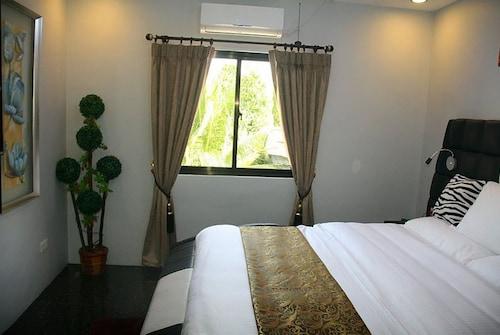 1010 VIP Accommodation, Olongapo City