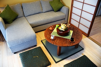 GUESTHOUSE CHAYAMA Living Area