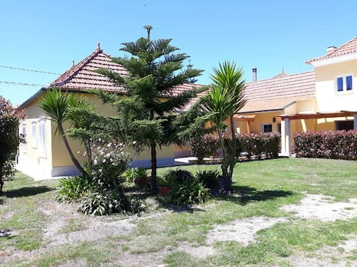Apartment With one Bedroom in Aveiro, With Enclosed Garden and Wifi -, Aveiro