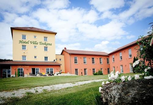 . Hotel Villa Toskana