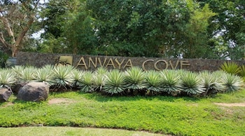 1BR UNIT ANVAYA COVE SEA BREEZE VERANDA Exterior detail