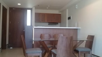 1BR UNIT ANVAYA COVE SEA BREEZE VERANDA In-Room Dining