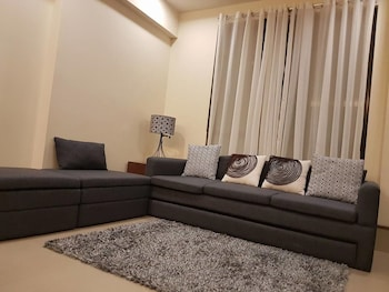 2BR PENTHOUSE LUXURY SEABREEZE ANVAYA Living Room