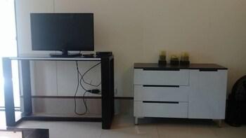 1BR UNIT SEA BREEZE VERANDA ANVAYA C202 Living Room