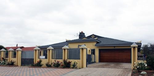 . Meringue Lodge