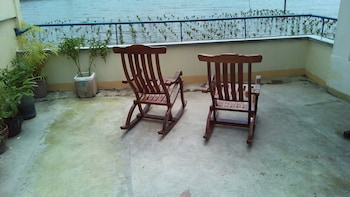 GAPUZ BNB INN Terrace/Patio