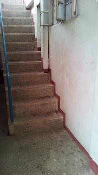 GAPUZ BNB INN Staircase