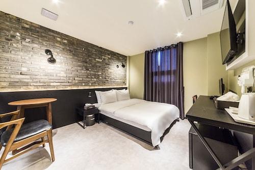 Hotel Plum, Siheung