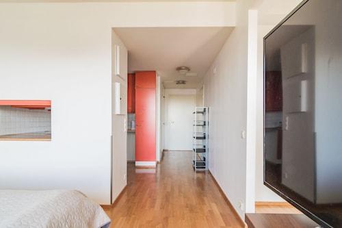 Local Nordic Apartments - Bald Eagle, Central Finland