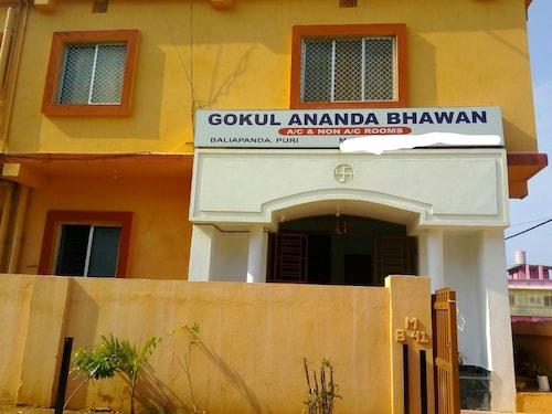Goroomgo Gokul Anand  Bhawan Puri, Puri