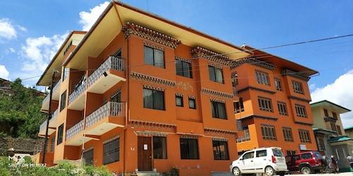 Bhutan Silverpine Resort, Chang