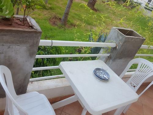 Location De Vacances Bouznika, Ben Slimane