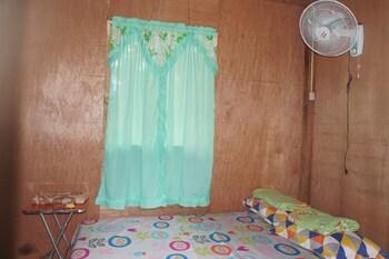 ABS NATIVE INN Room